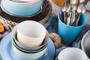 Pastel color mixed crockery