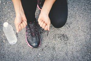 Feet women running