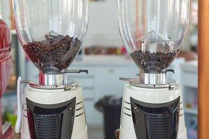 Coffee grinder preparing