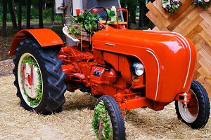 tractor red decorative