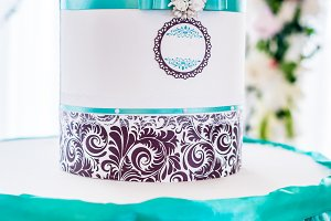 White wedding decorated paper box