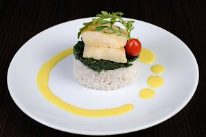 Flounder fillets with risotto and sp