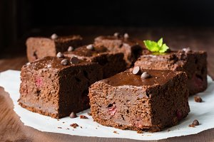 Dark chocolate brownie squares