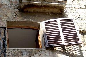 Open Italian Window
