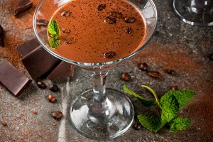 Cream coffee cocktail