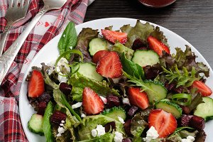 Strawberry Vinaigrette Salad