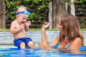 Funny swimming lessons