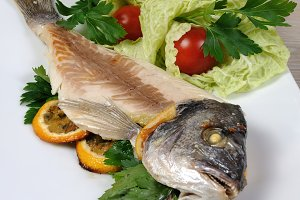 Sea bream (Dorado)