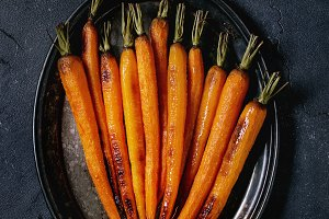 Roasted young carrot