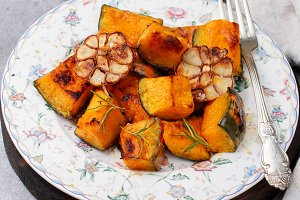 Baked slices of pumpkin