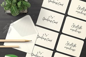 7x5 Greeting Card Mockup - 22