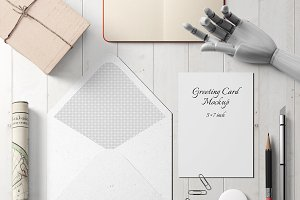 5X7 Greeting Card Mockup - 2