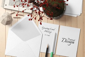 5X7 Greeting Card Mockup - 5