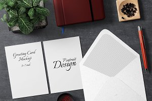 5X7 Greeting Card Mockup - 6