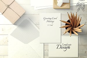 5X7 Greeting Card Mockup - 7