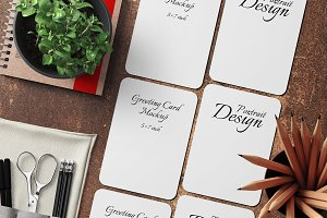 5X7 Greeting Card Mockup - 22