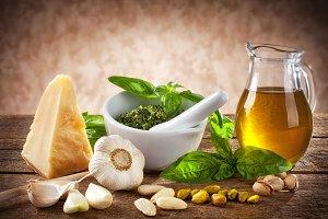 Sicilian pesto ingredients