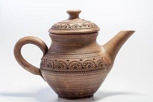 Clay jug with lid