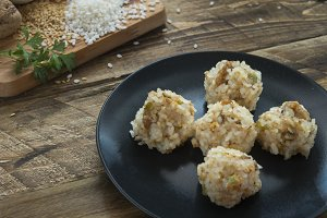 Meatballs of rice