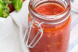 sauce tomato, red pepper