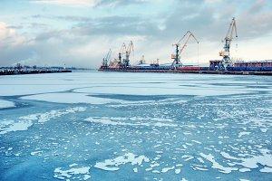 Cargo port on a frozen river
