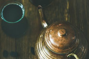 Oriental tea pot & black tea