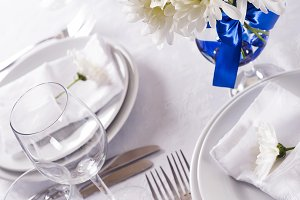 Festive table setting, serving, festive atmosphere,