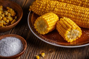 Boiled sweet corn