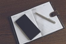 Notebook with a smartphone 7