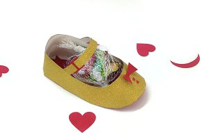 DIY Baby shoe favor - 3d papercraft