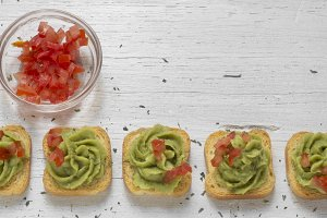 Mini-toast, decorated with guacamole