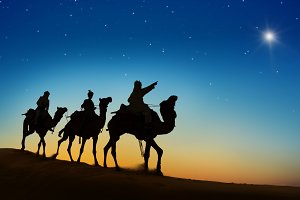 The three kings looking at the star