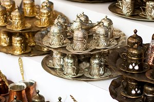 Metal authentic dishware