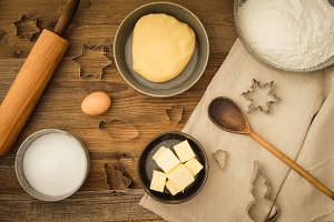 Basic baking ingredients