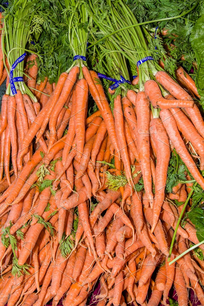 Carrots at the market - Food & Drink