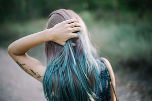 bokeh blue hair