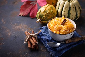 Pumpkin porridge with cinnamon
