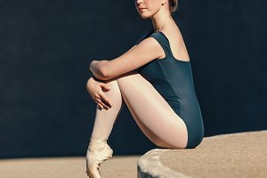 Close up of female ballet dancer