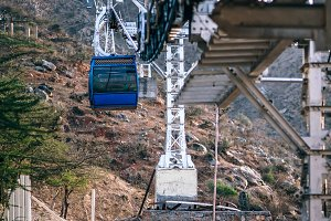 Cablecar Going Up