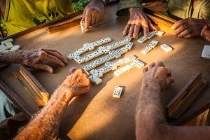 Playing dominoes