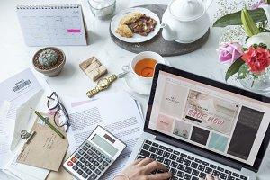 Online merchandise marketing plan