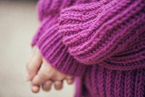 Violet knit cardigan, details.