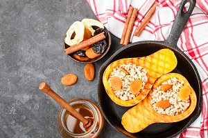 Baked pumpkin with quinoa
