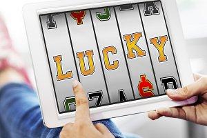 Lucky Online Slot Machine