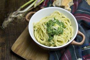 bowl of spaghetti, Spinach Dip,  oli