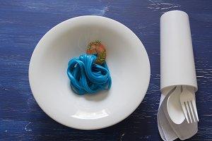 blue spaghetti,blue place setting