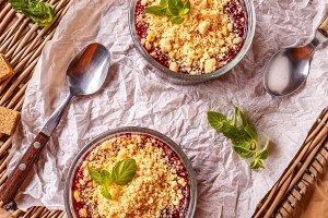 Red berry summer crumble