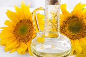 Sunflower oil, seeds and flower