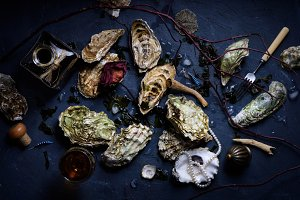 oysters with wine