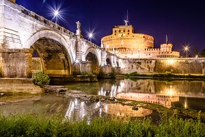 Bridge of Castel Sant Angelo at night